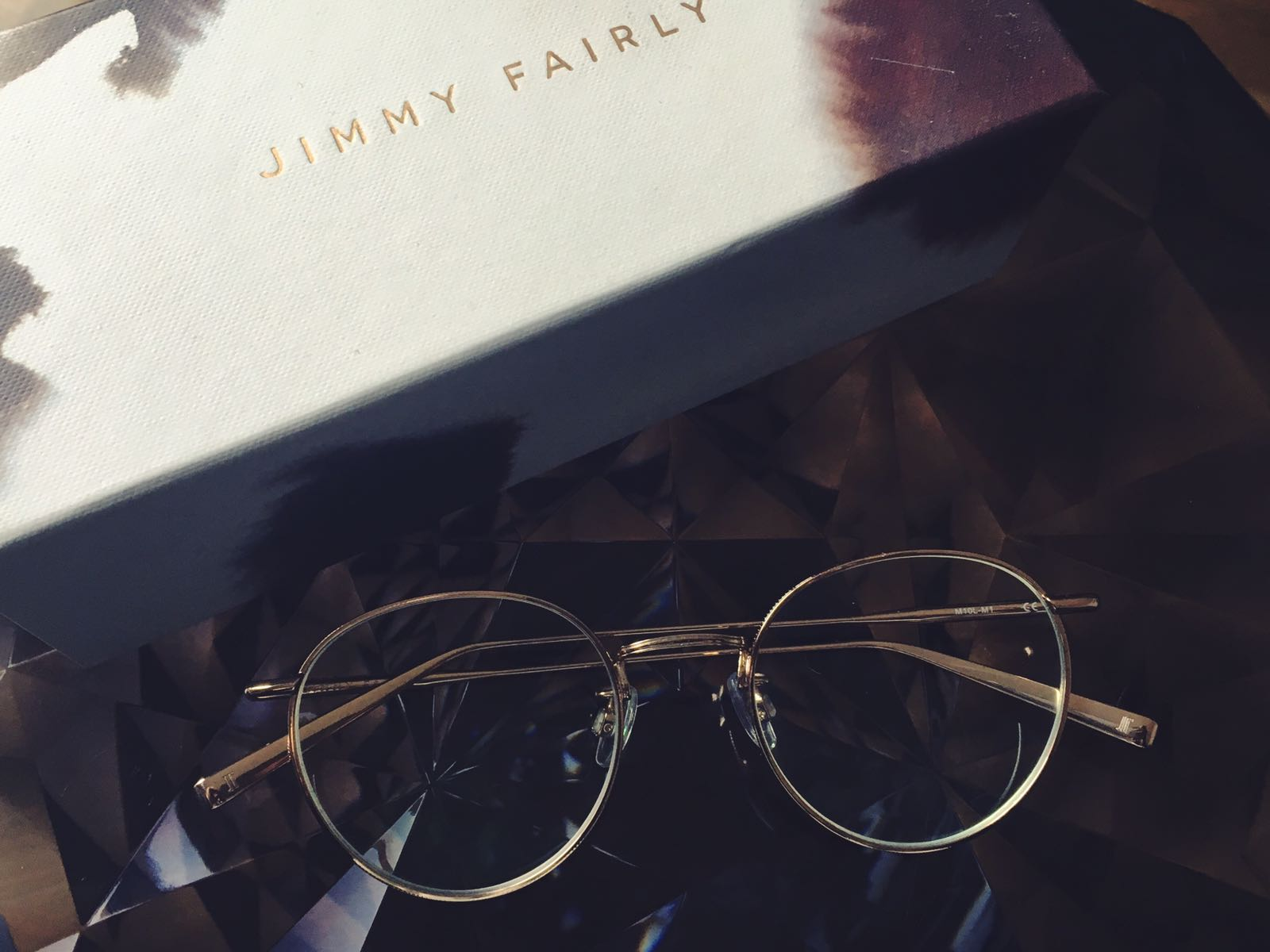 lunettes-monture-fine-metal-doree-or-agrent-jimmy-fairly-6