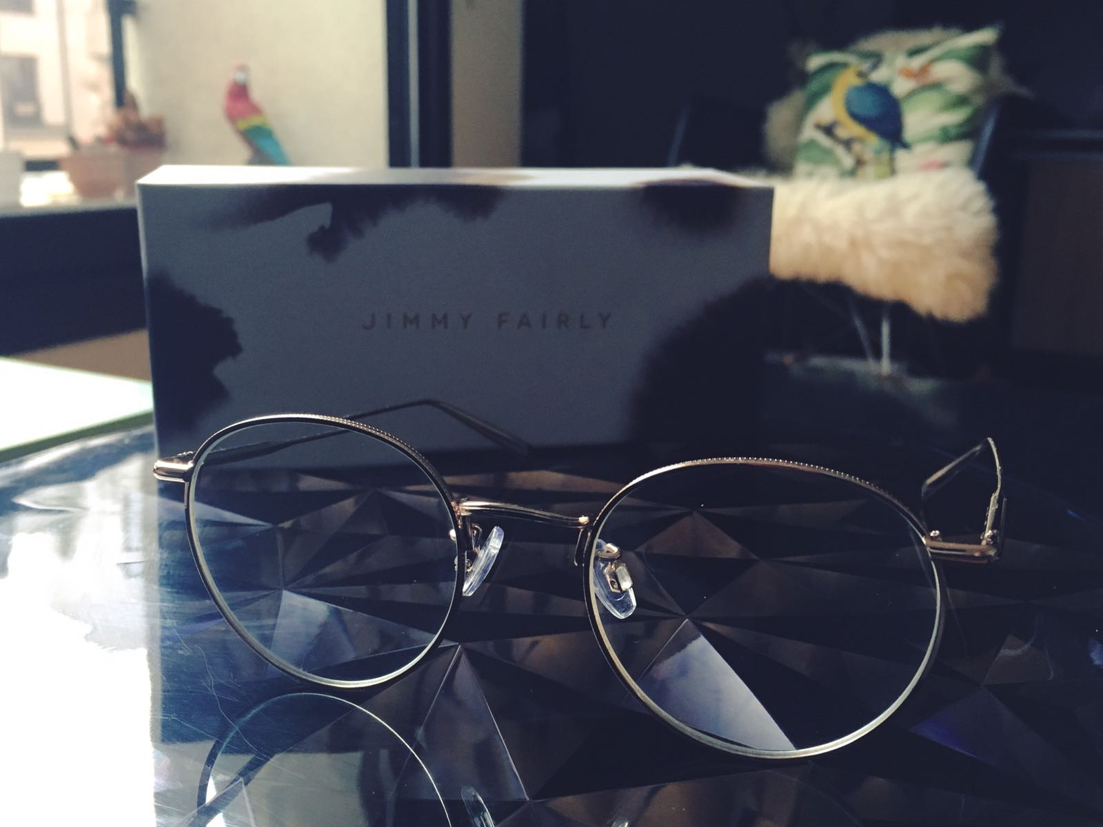 lunettes-monture-fine-metal-doree-or-agrent-jimmy-fairly-7